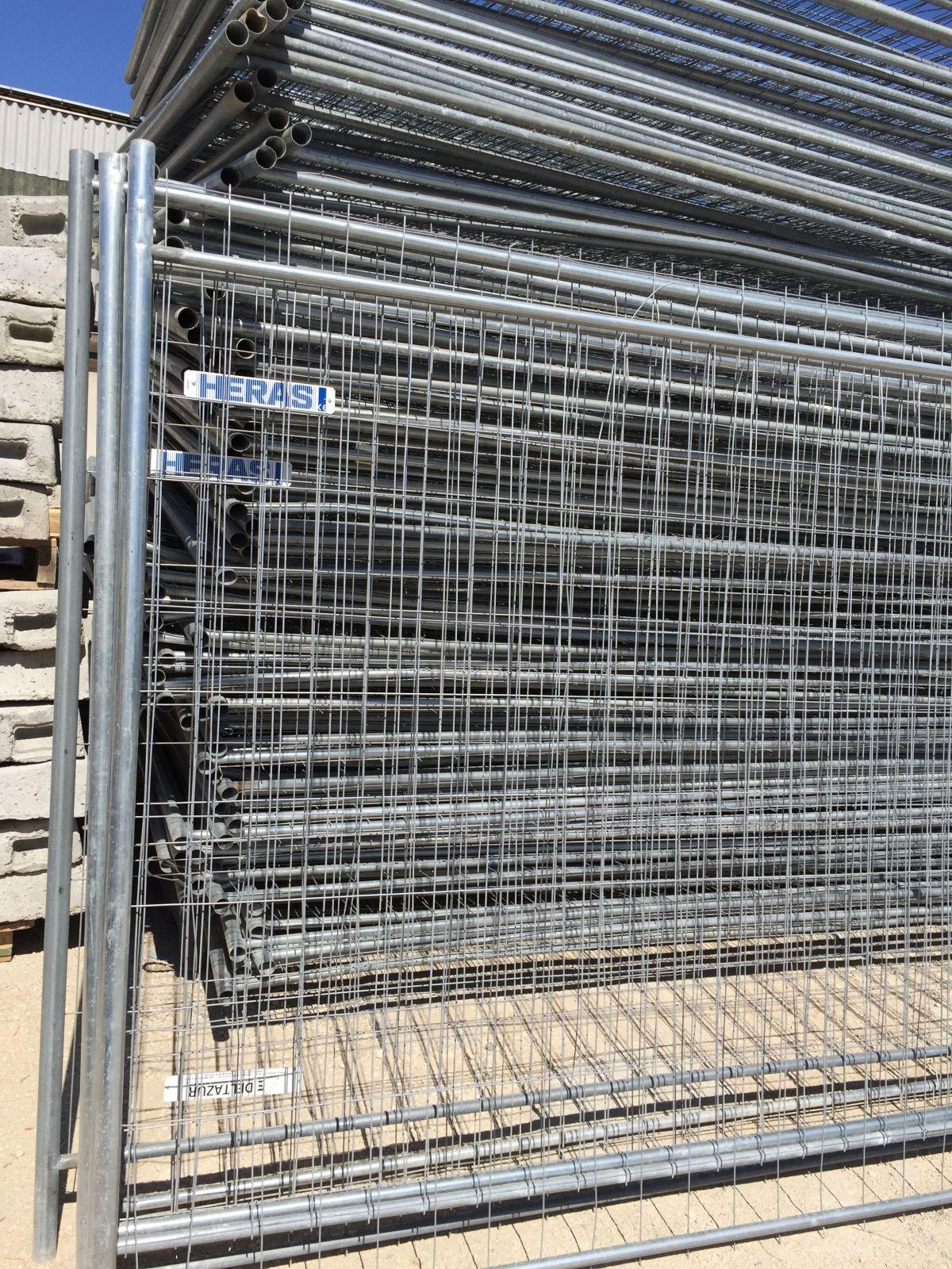 location de cloture de chantier heras sur marseille et toute sa r gion deltazur equipements. Black Bedroom Furniture Sets. Home Design Ideas
